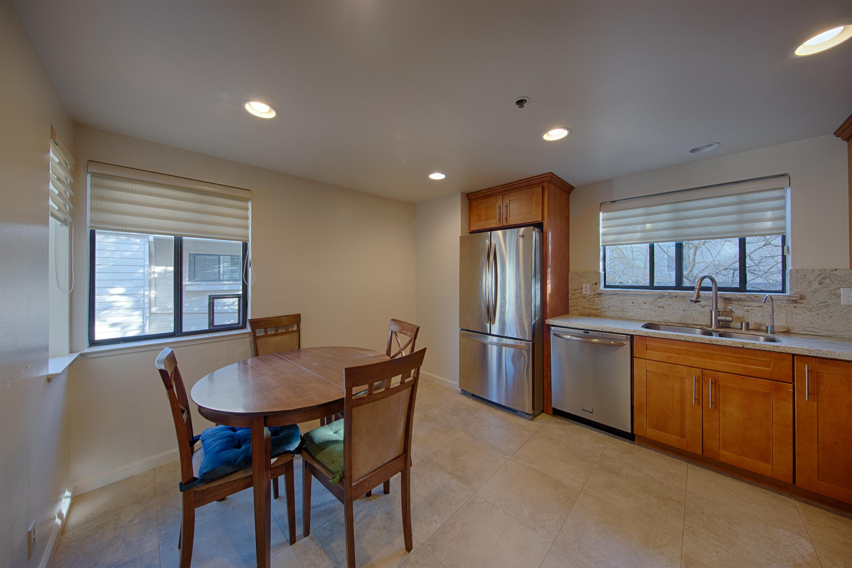 749 Loma Verde Ave C, Palo Alto 94303 - Kitchen (B)