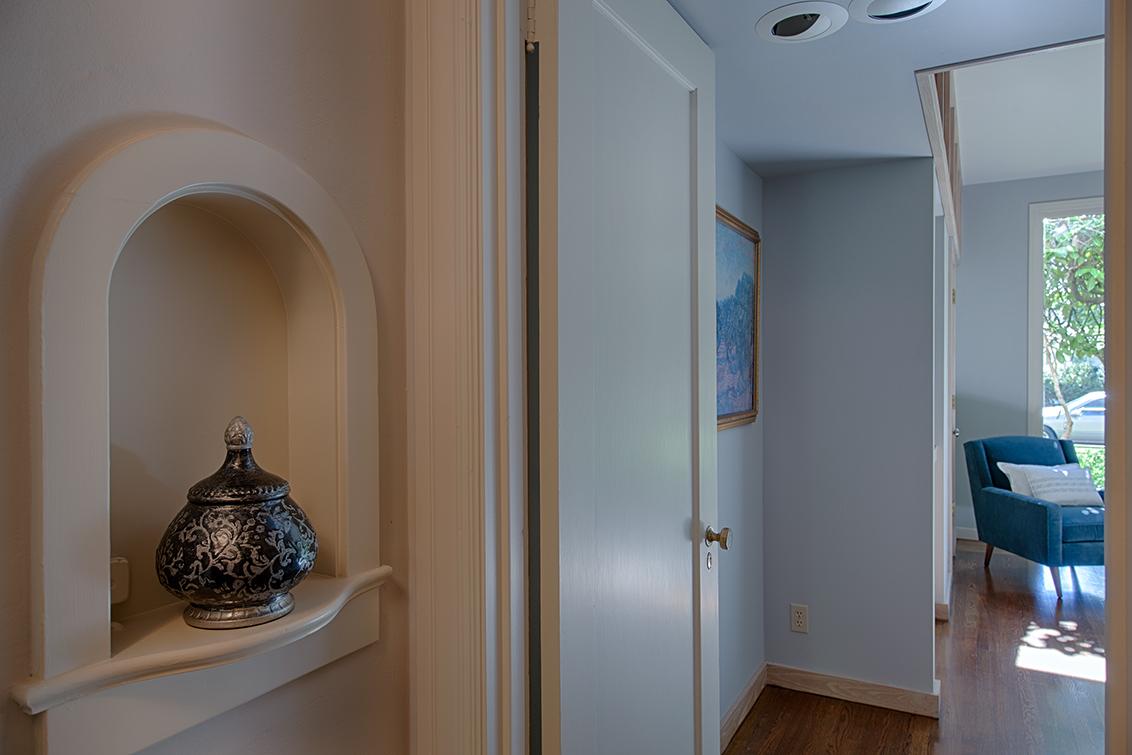 Hallway Niche (A)