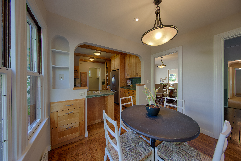 569 Lowell Ave, Palo Alto 94301 - Breakfast Area (C)