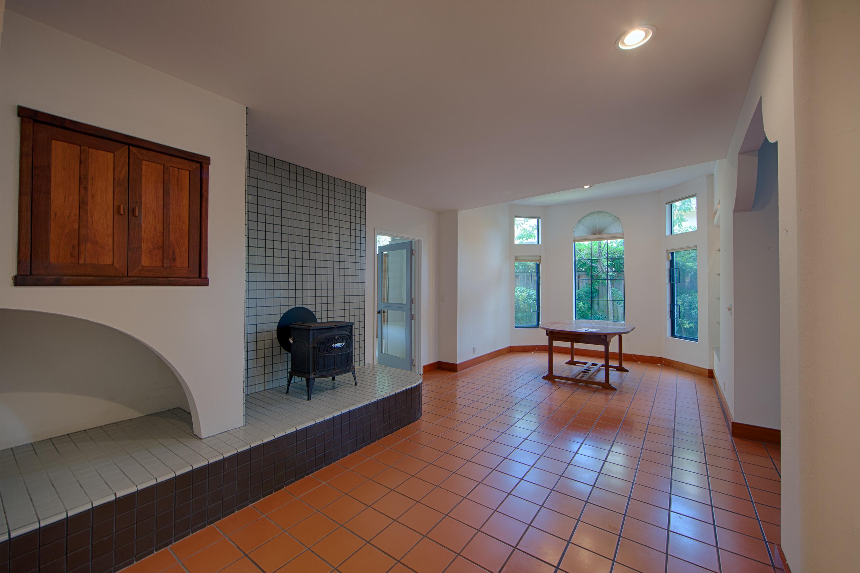 1086 Moreno Ave, Palo Alto 94303 - Dining Area (C)