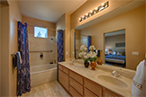 470 Navaro Way 111, San Jose 95134 - Bathroom (B)