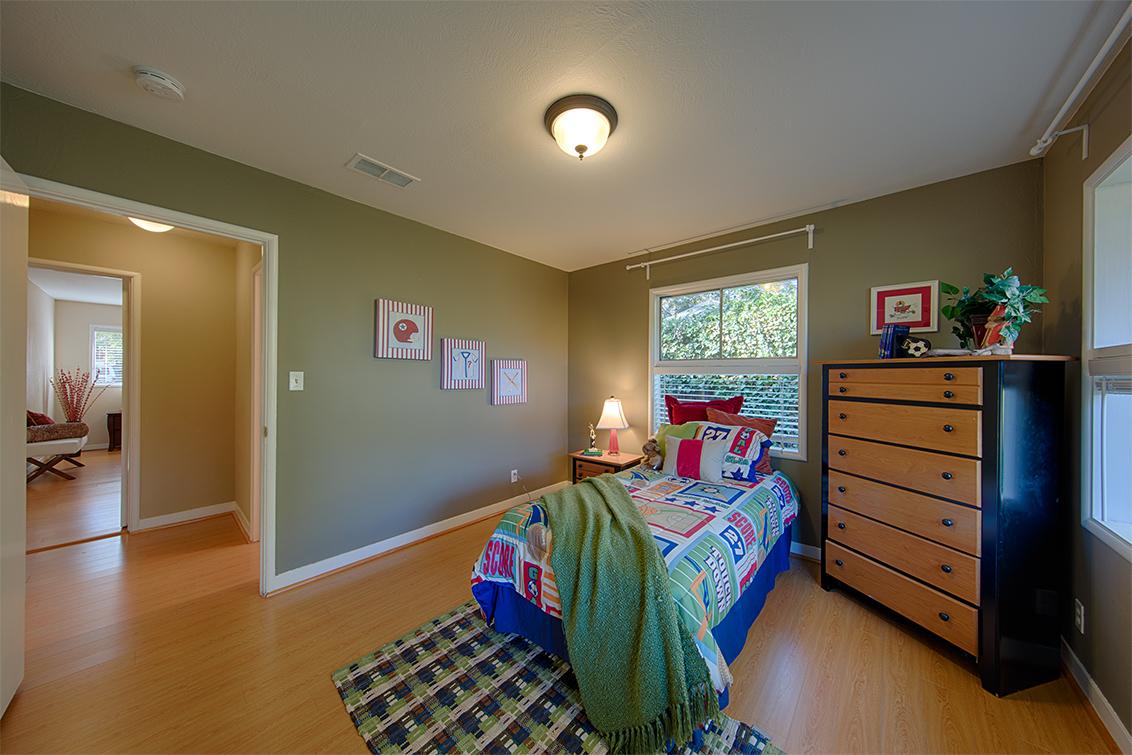 Bedroom 2 (D) - 921 Newell Rd