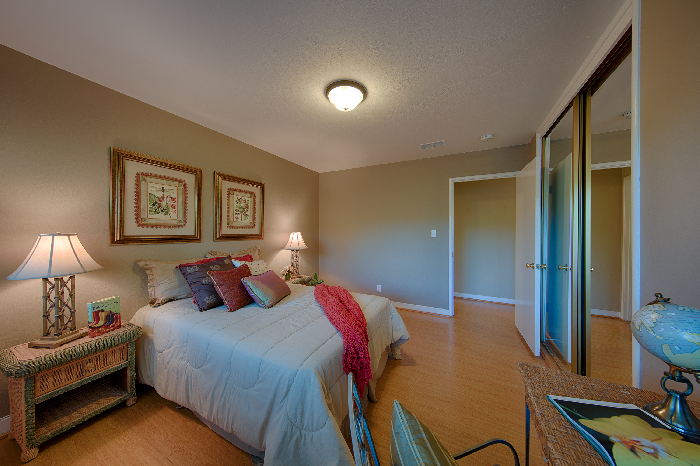 921 Newell Rd, Palo Alto 94303 - Bedroom 3 (D)