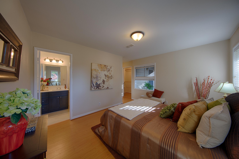 921 Newell Rd, Palo Alto 94303 - Master Bedroom (C)