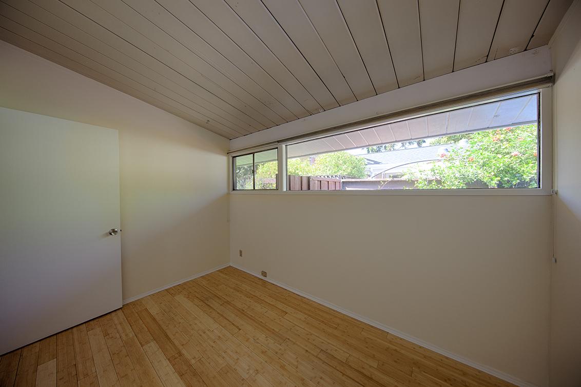 Bedroom 2 (B) - 4133 Park Blvd