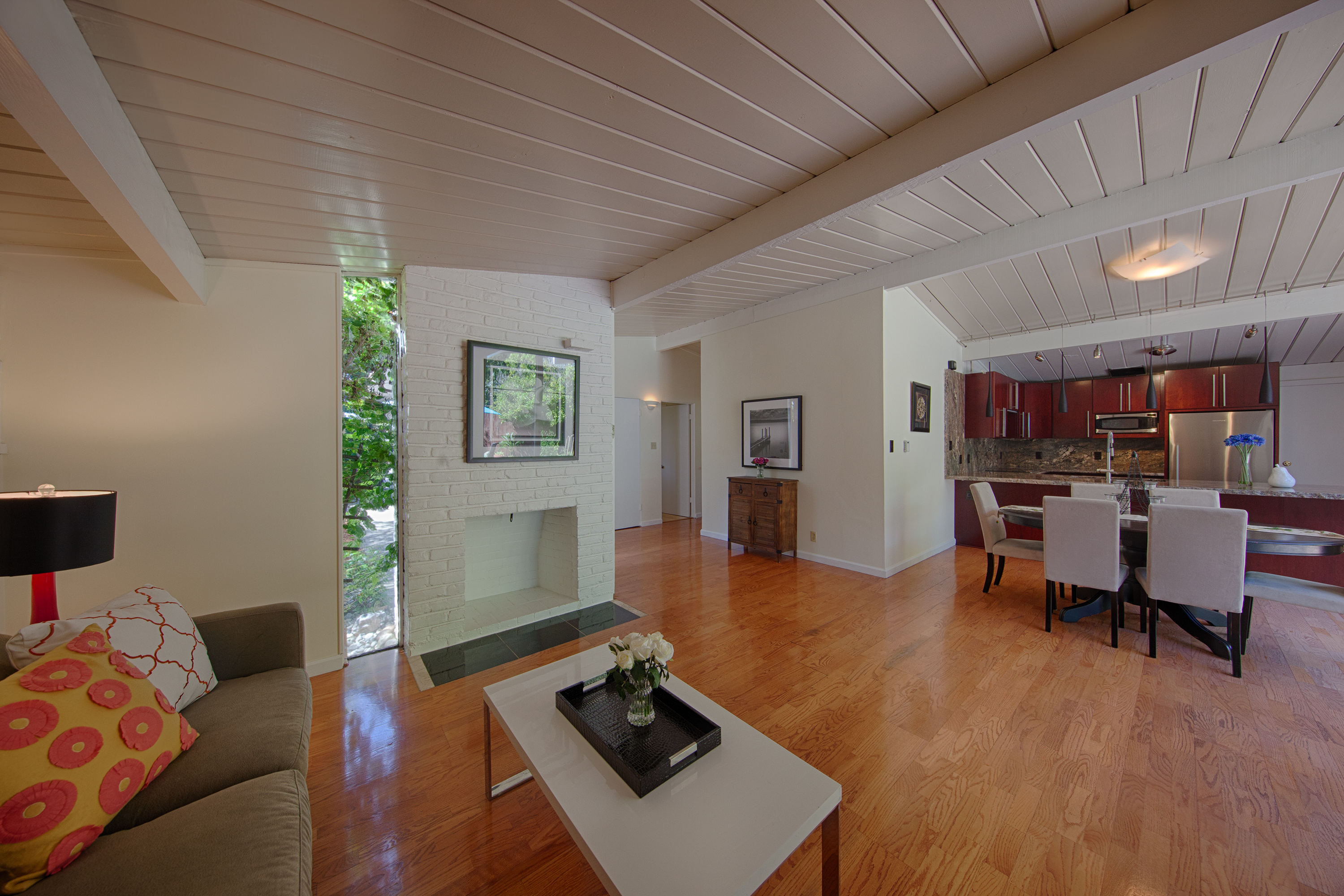 4133 Park Blvd, Palo Alto 94306 - Living Room (C)