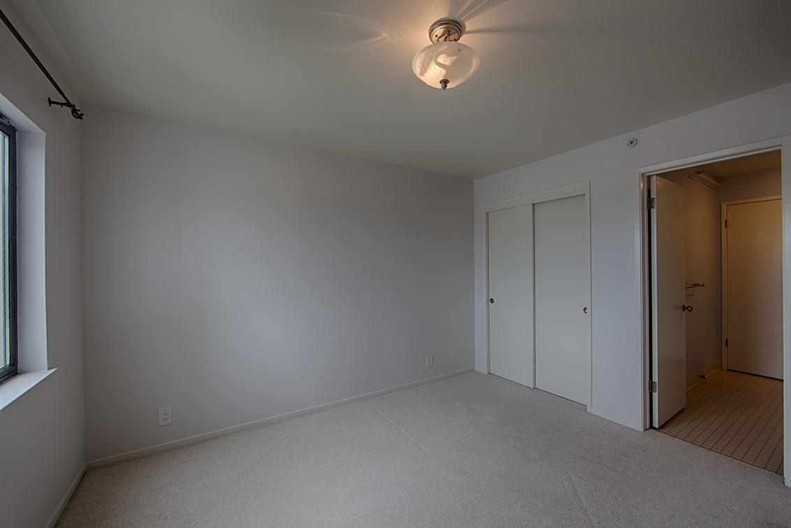 Bedroom 2 (B) - 320 Peninsula Ave 419
