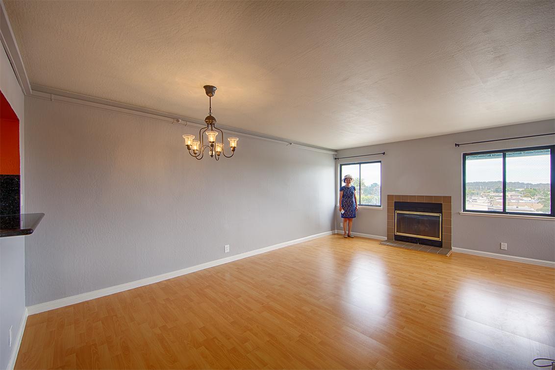 Living Area (A) - 320 Peninsula Ave 419