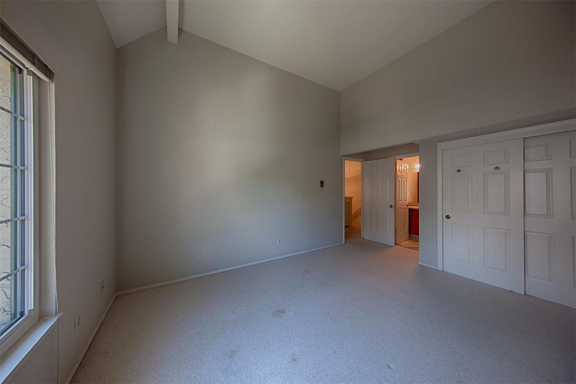 Living Room - 19860 Portal Plaza