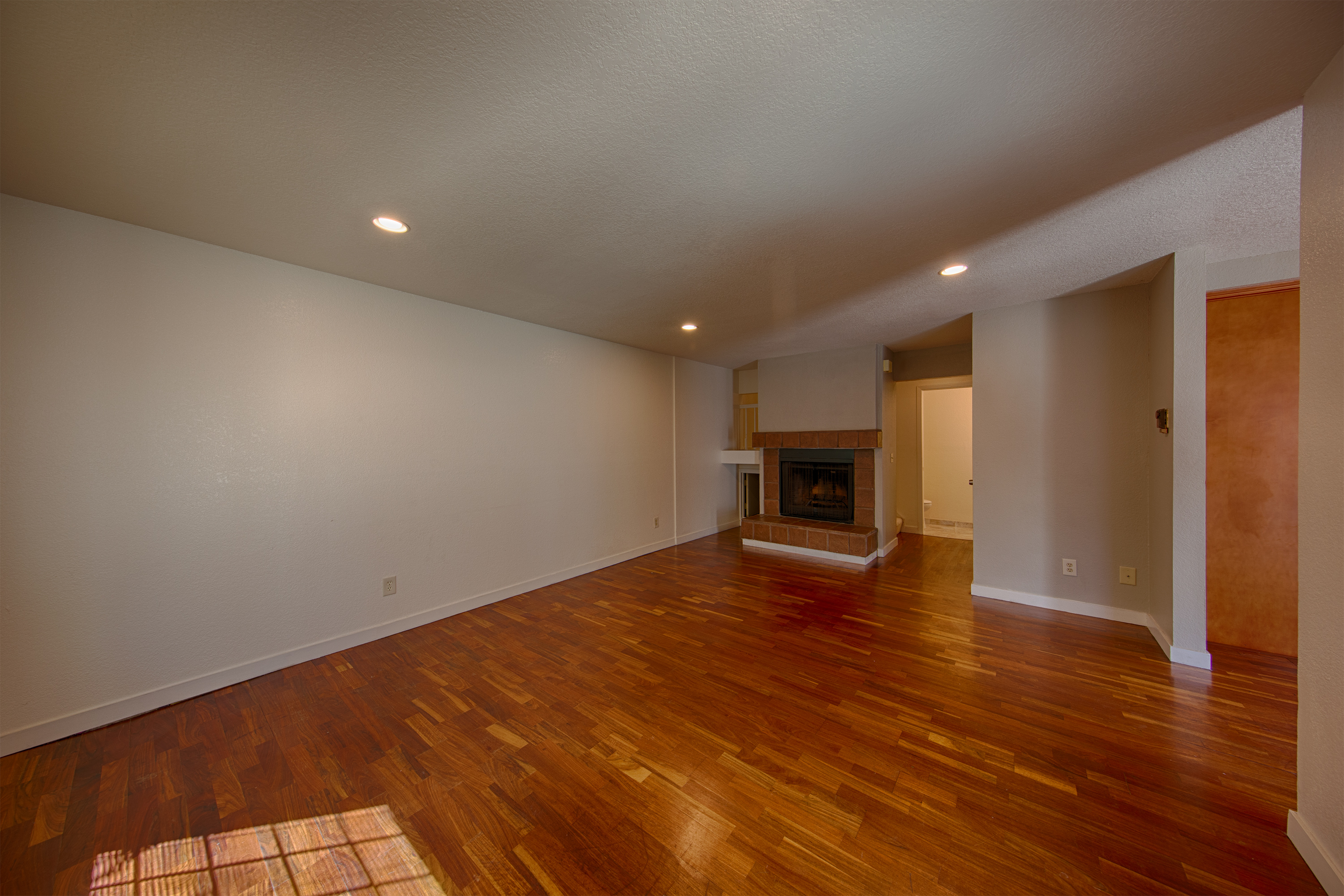 19860 Portal Plaza, Cupertino 95014 - Living Room (A)