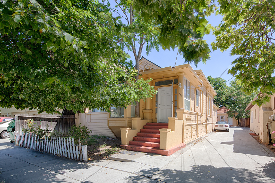 Picture of 526 S 11th St, San Jose 95112 - Home For Sale