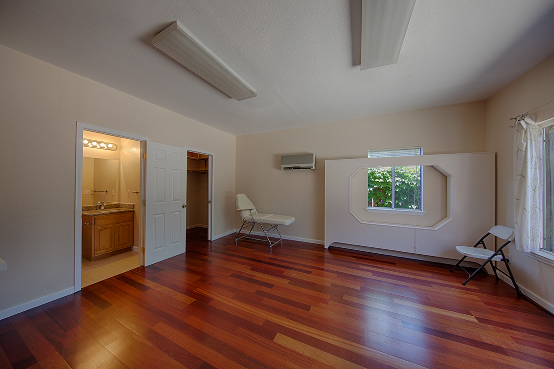 Cottage Work Room (A)