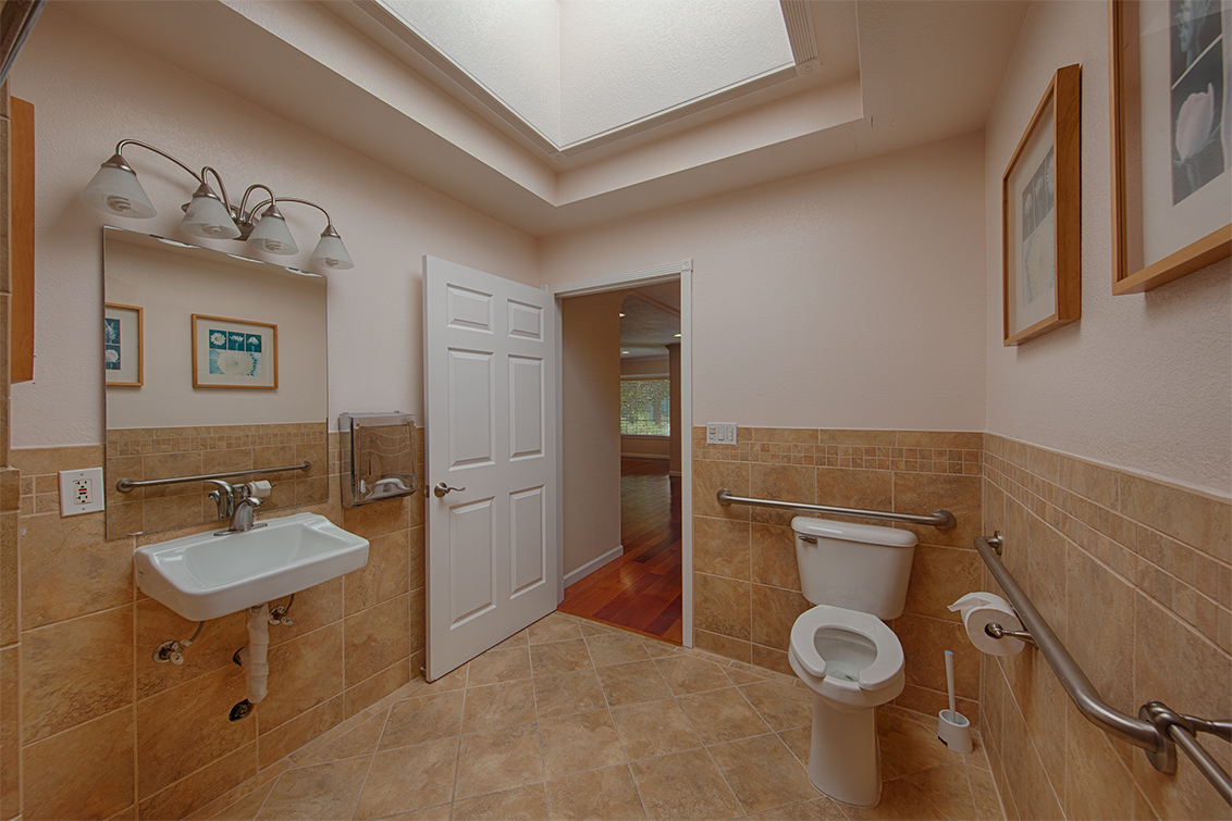 Office Bathroom (B)