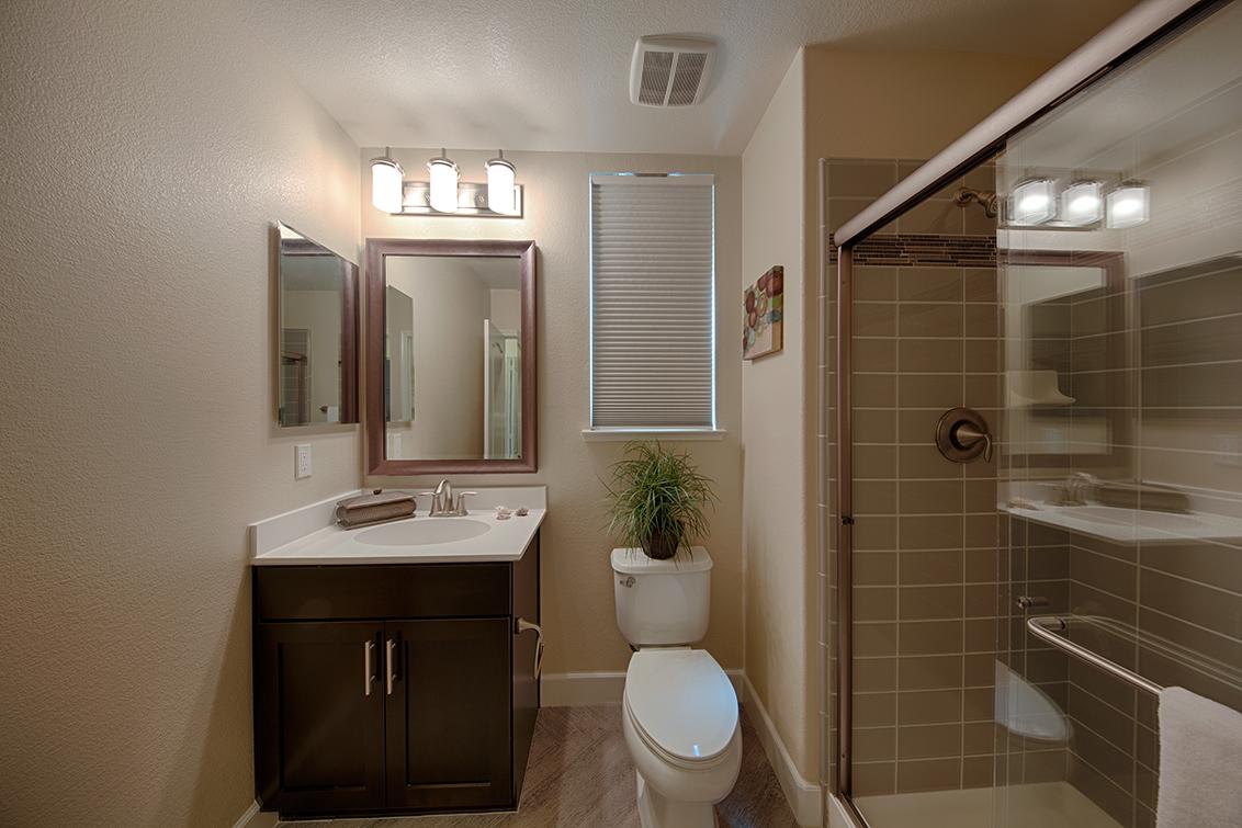 Bathroom 4 (A) - 1681 Shore Pl 1