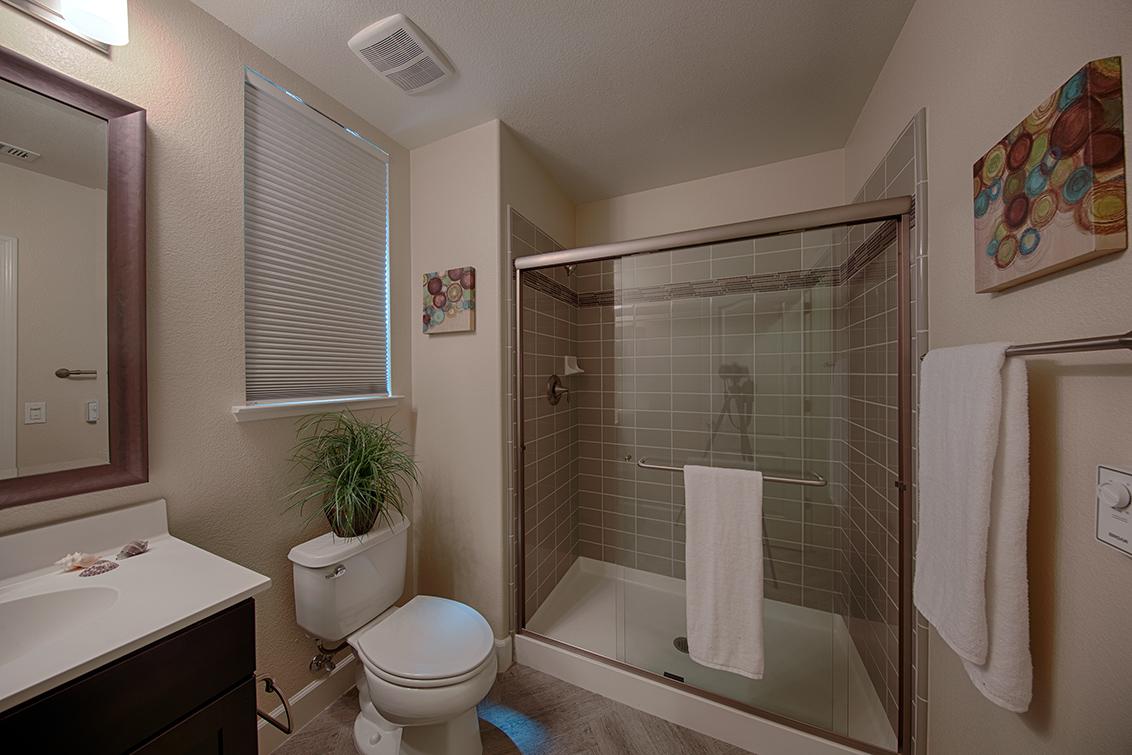 Bathroom 4 (B) - 1681 Shore Pl 1