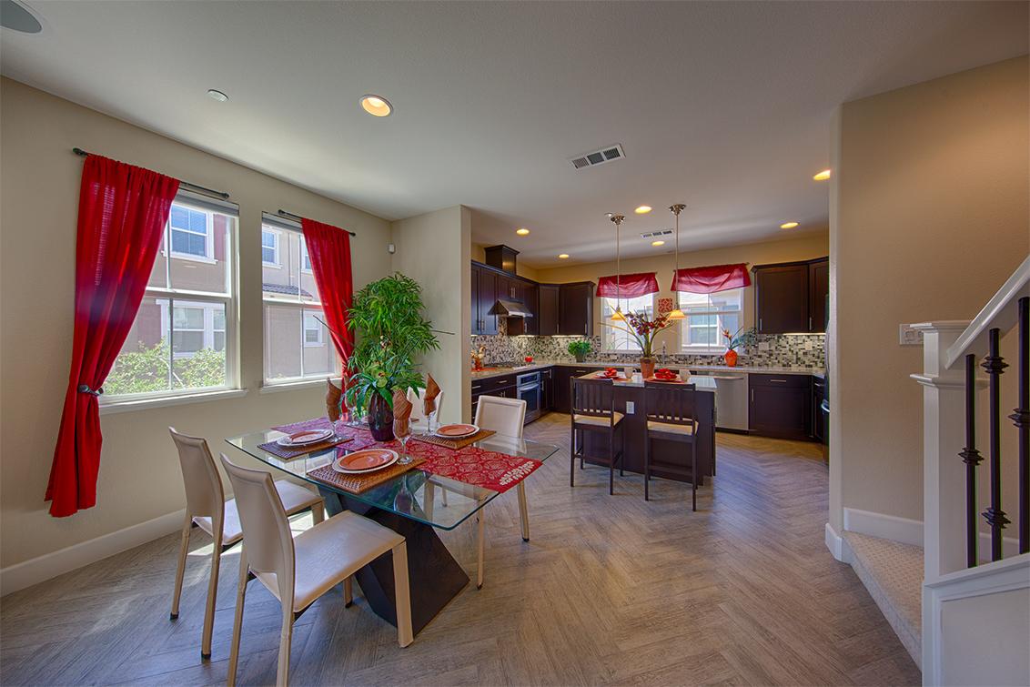 Living Room - 1681 Shore Pl 1