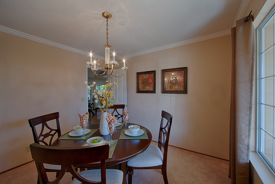 Dining Room (B) - 639 Spruce Dr