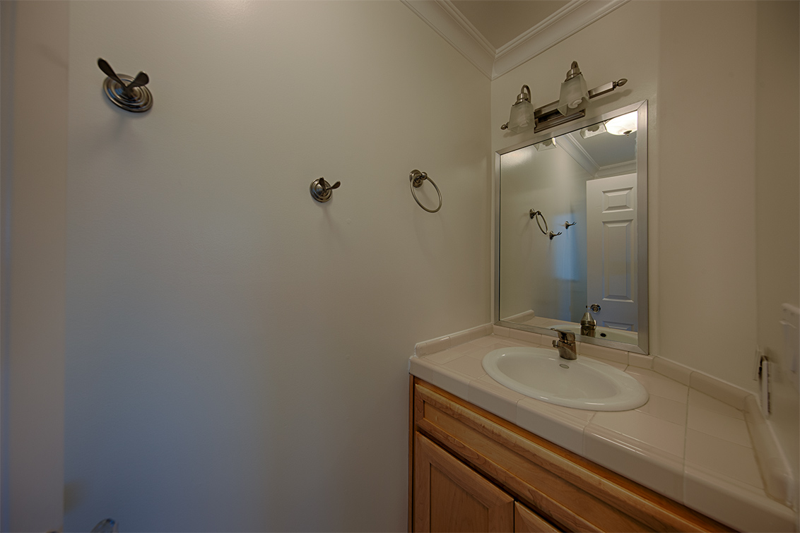 Half Bath (A) - 1014 Windermere Ave