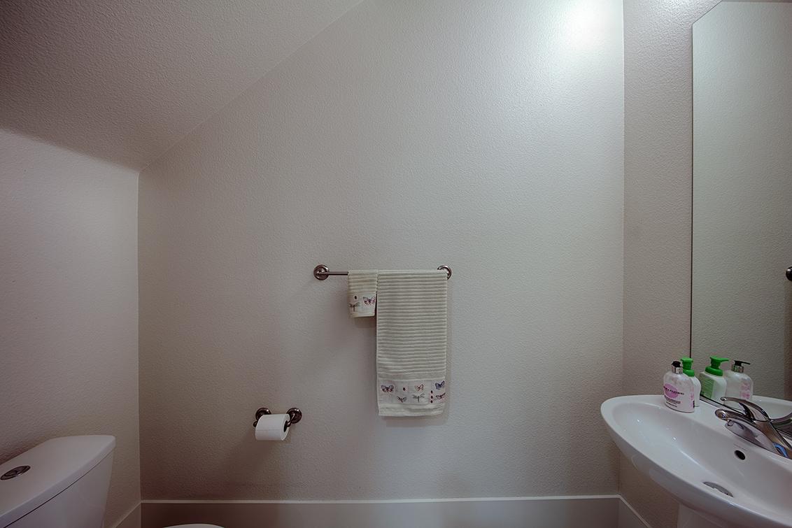 Half Bath (B)
