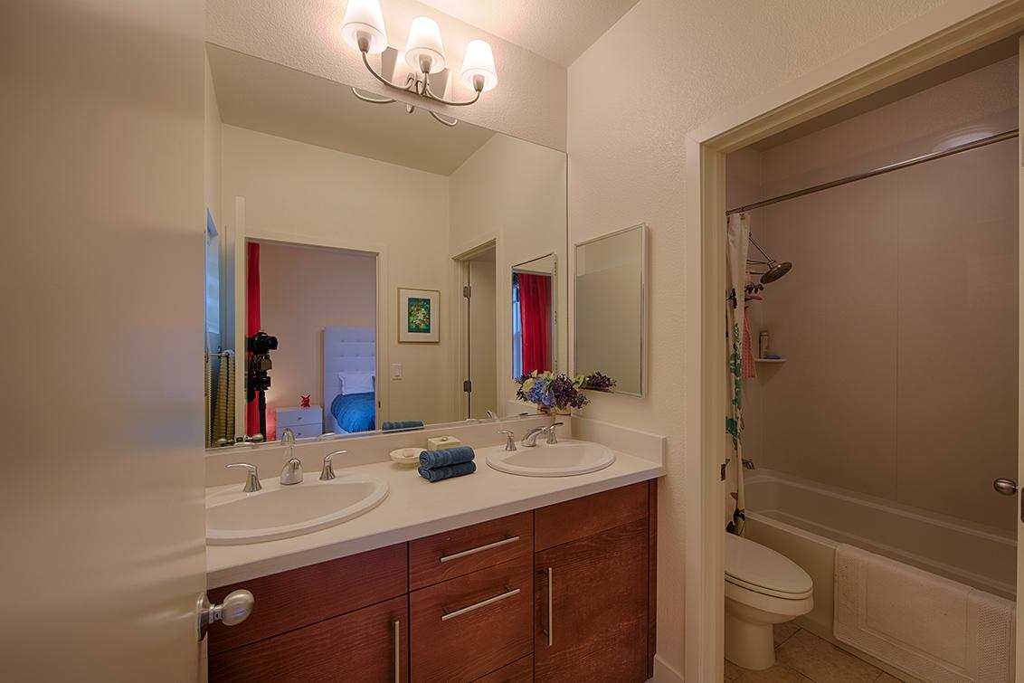 Master Bath picture - 819 Altaire Walk, Palo Alto 94303
