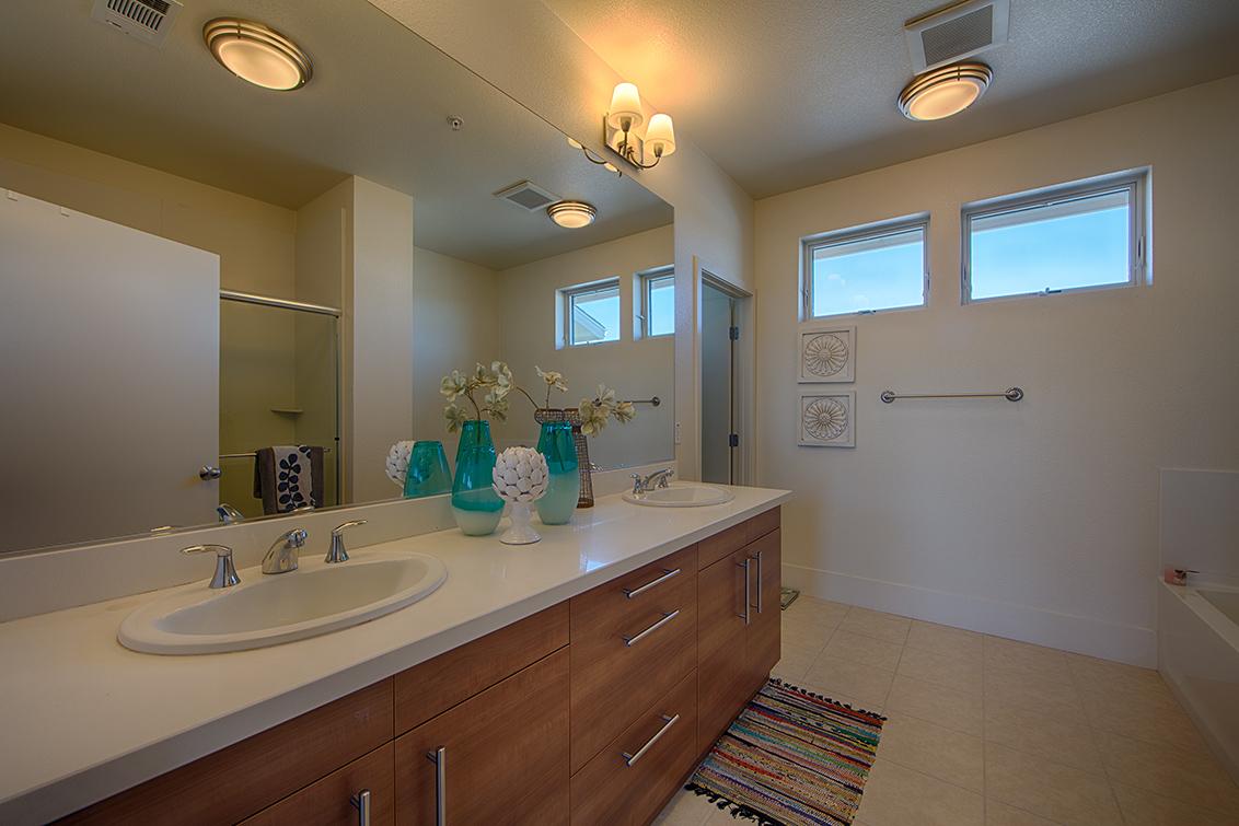 Master Bath picture - 846 Altaire Walk, Palo Alto 94303