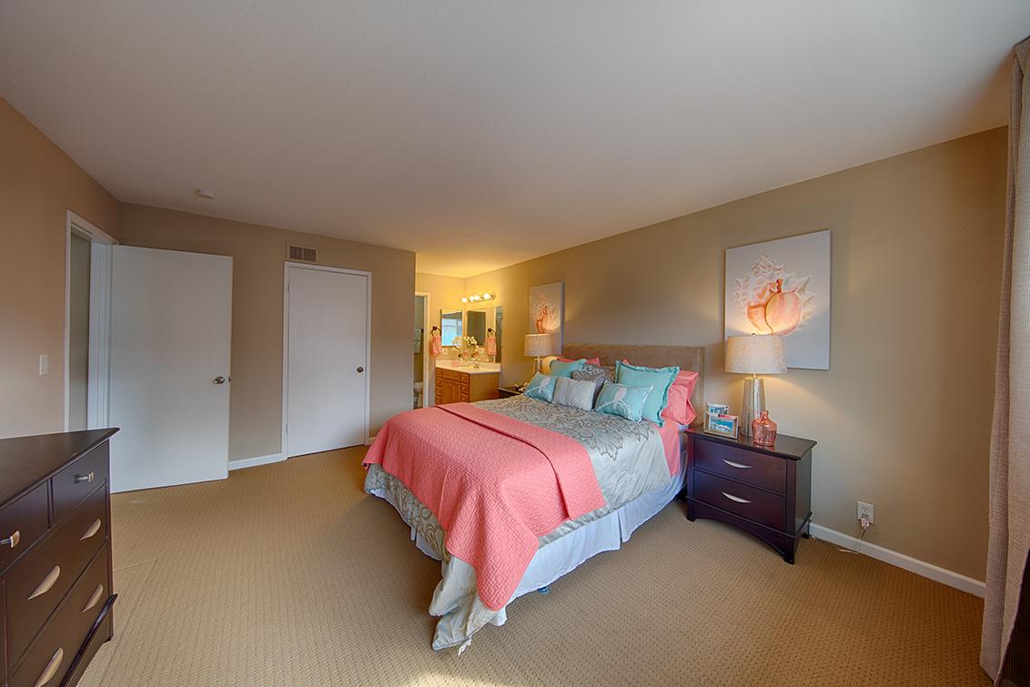 Living Room - 4414 Bel Estos Way