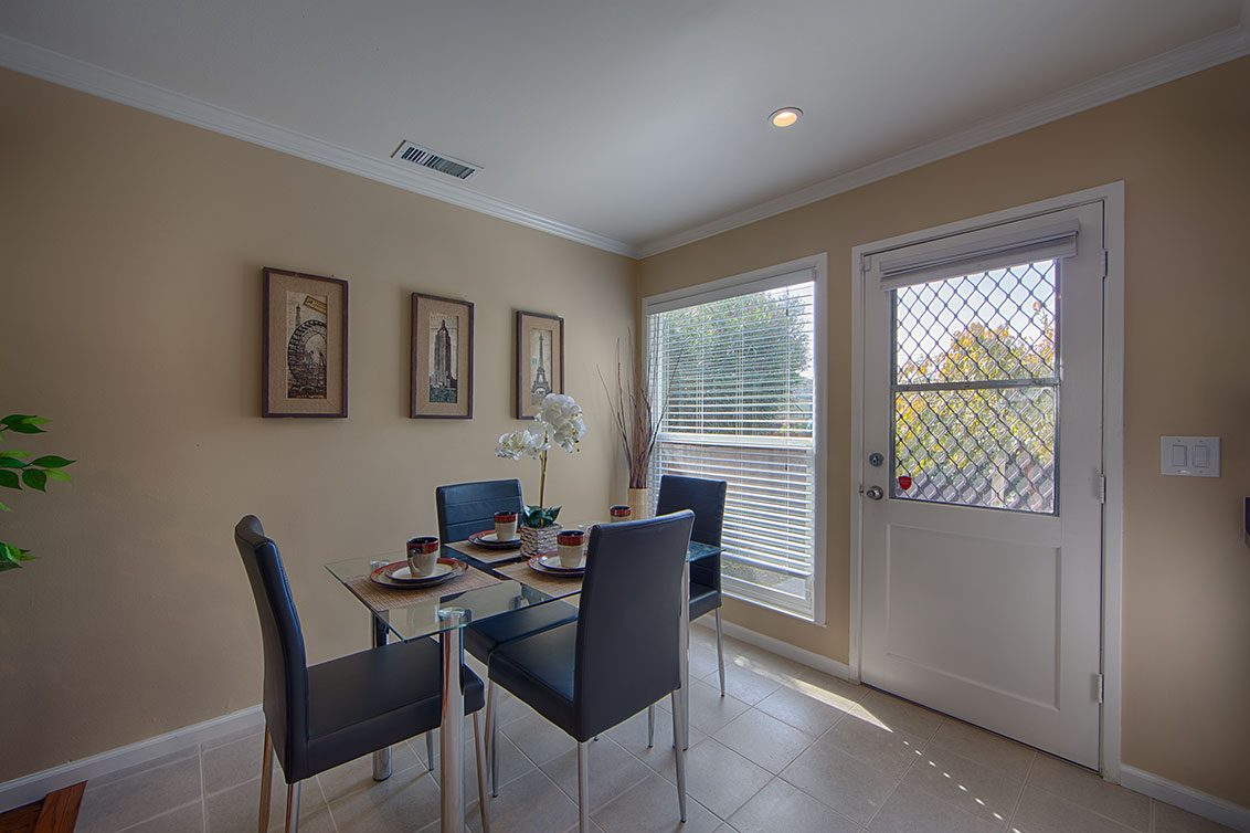 Dining Room (A) - 1343 Camellia Dr