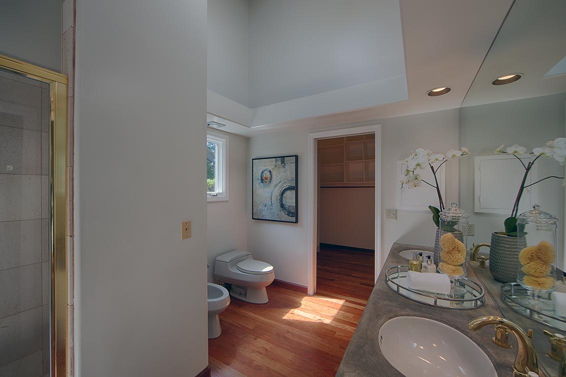 Downstairs Bath 1 (A) - 725 Center Dr
