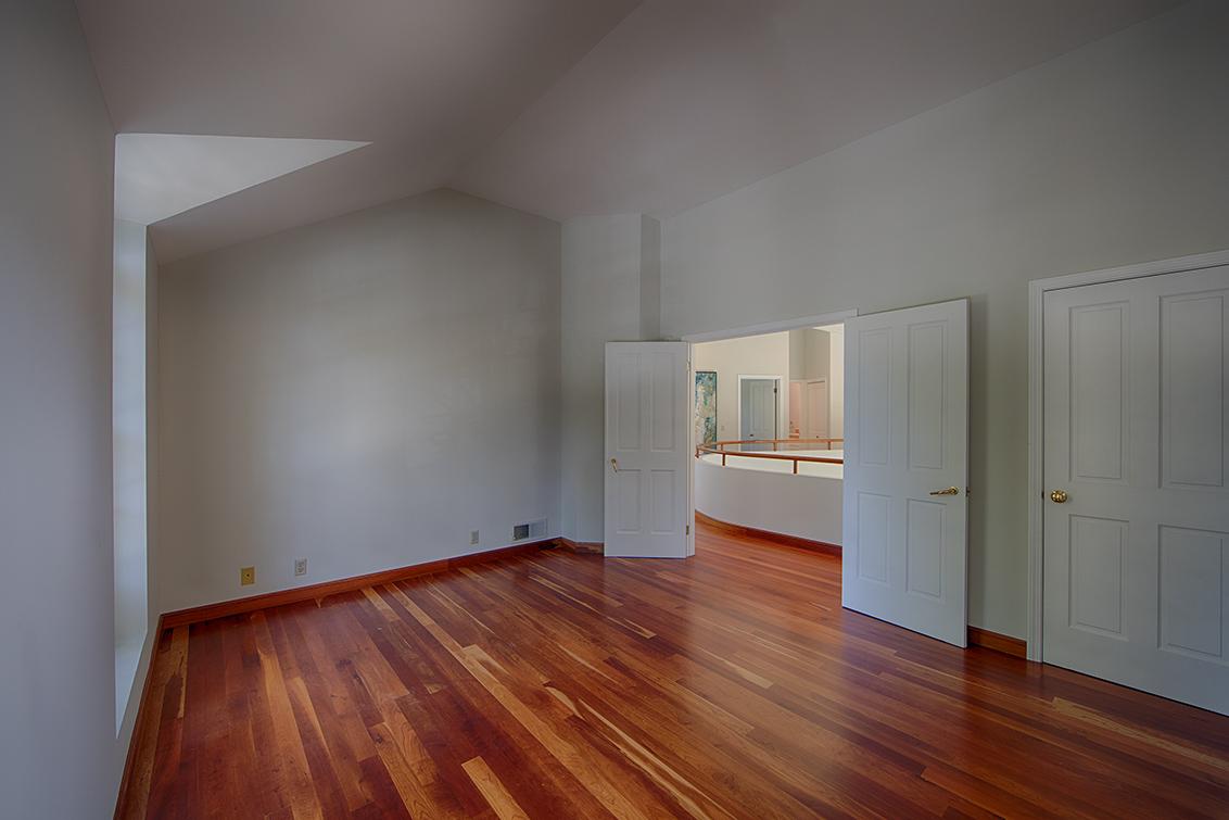 Upstairs Bedroom 1 (C)