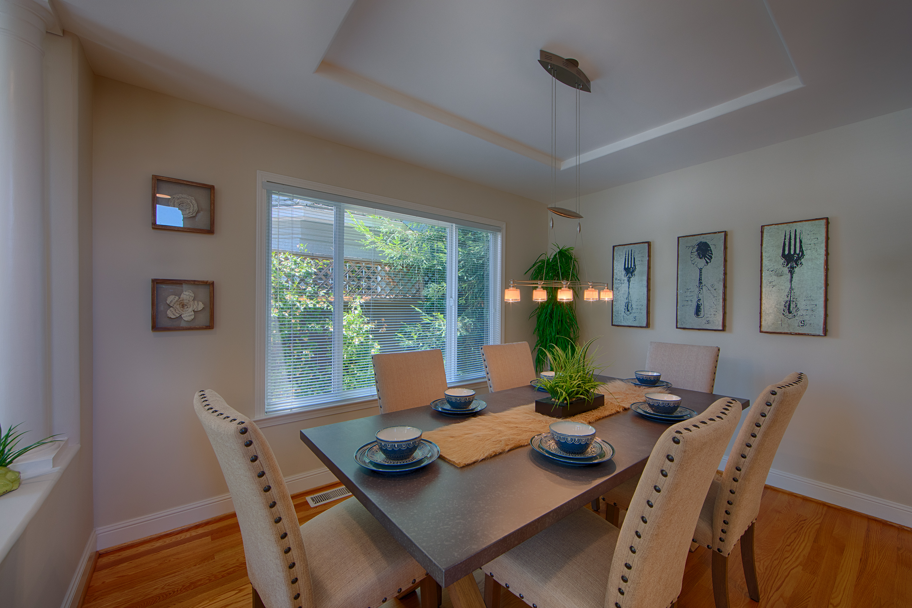 606 Chimalus Dr, Palo Alto 94306 - Dining Room (A)