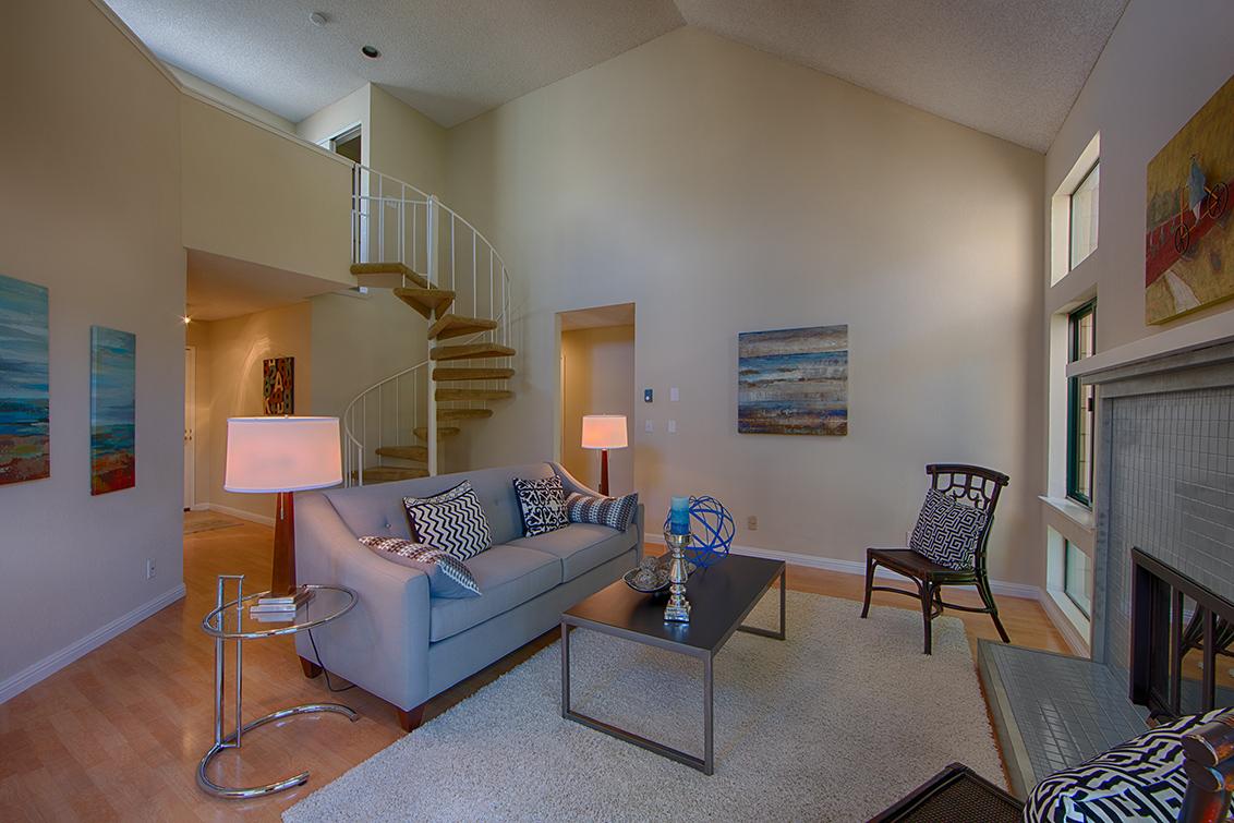 Living Room (C) - 58 Cove Ln