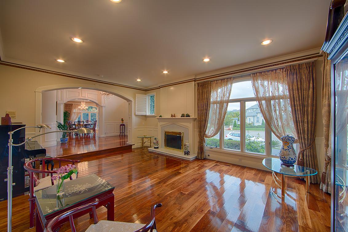 Living Room (D) - 15096 Danielle Pl