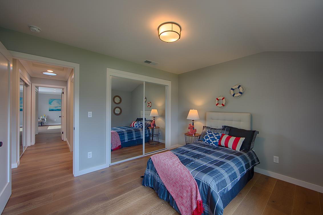 Bedroom 2 (D) - 1021 E Rose Cir