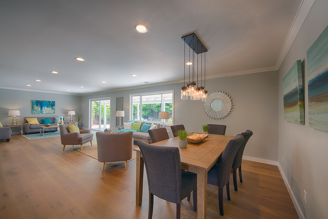 Dining Area (A) - 1021 E Rose Cir