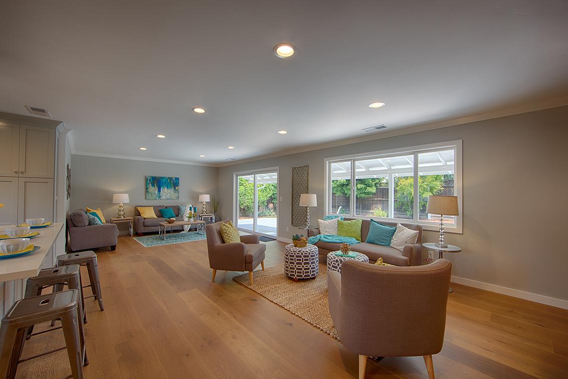 Living Area (B)
