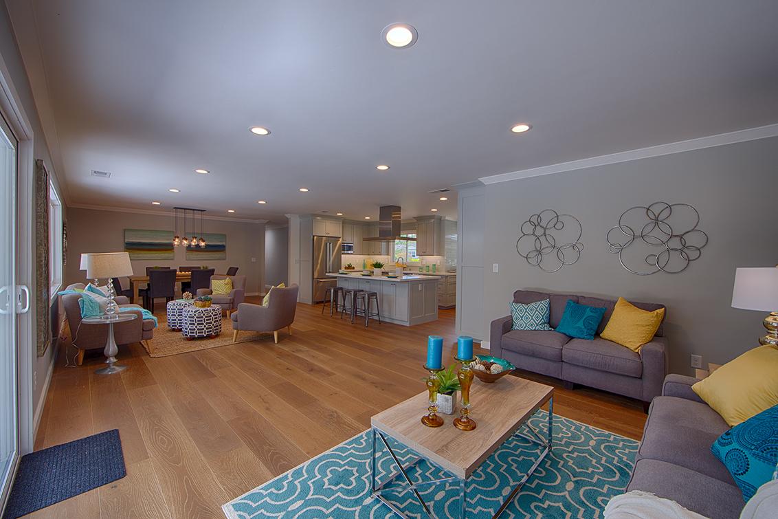 Living Area (D)