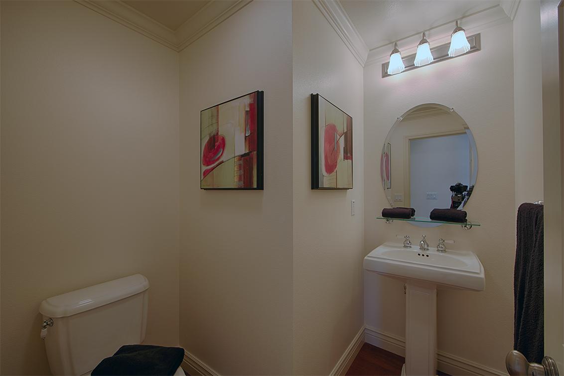 Half Bath (A) - 44 Edgewood Pl