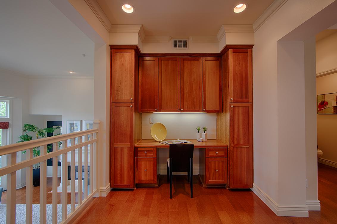 Living Room - 44 Edgewood Pl