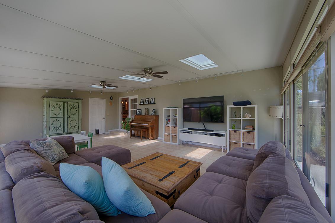 Family Room (C)