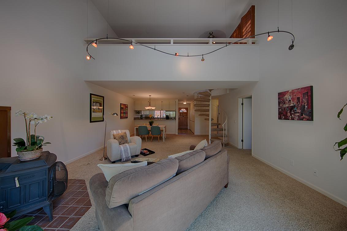 Living Area (F) - 229 High St