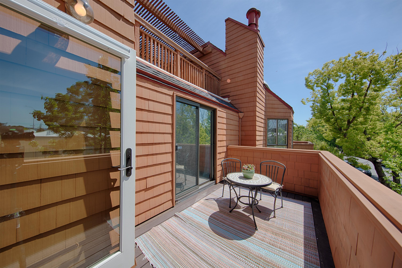 229 High St, Palo Alto 94301 - Balcony (A)