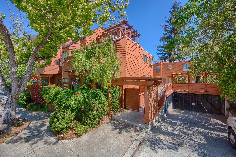 Front View - 229 High St, Palo Alto 94301