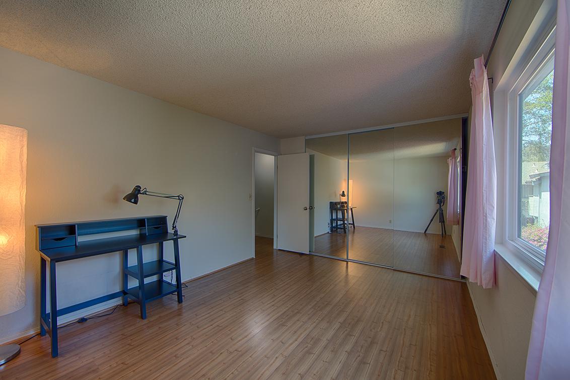 Bedroom 2 (C) - 4911 Iris Ter