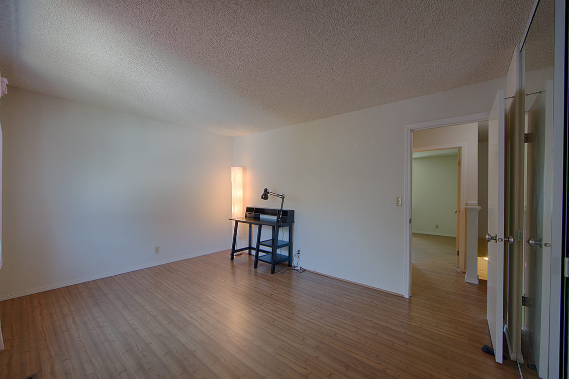 Bedroom 2 (D) - 4911 Iris Ter