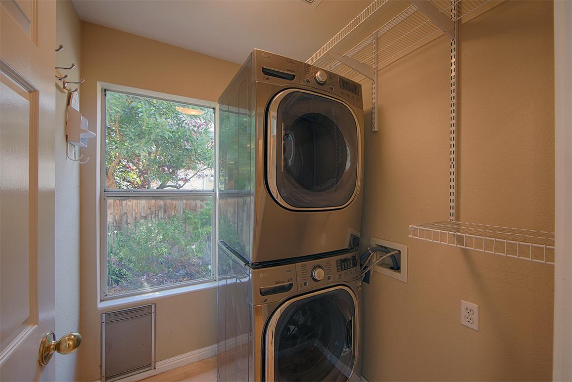 Laundry (A) - 568 Island Pl
