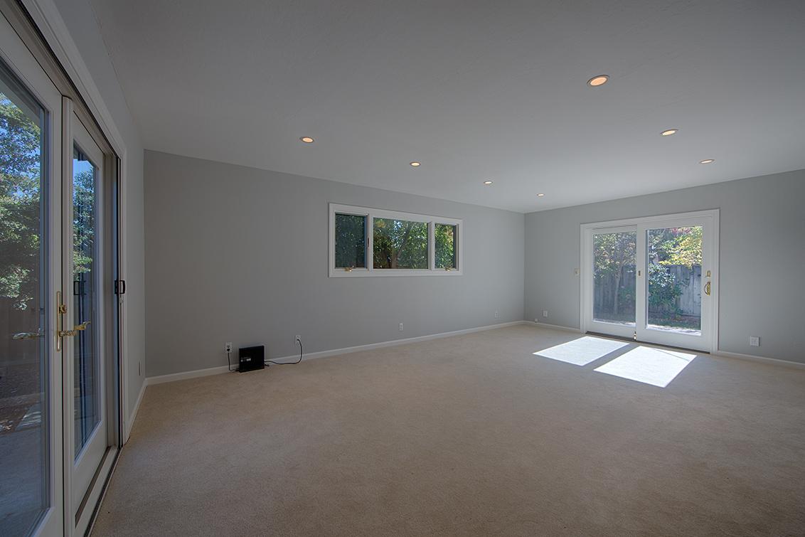 Family Room (B) - 5390 Keene Dr
