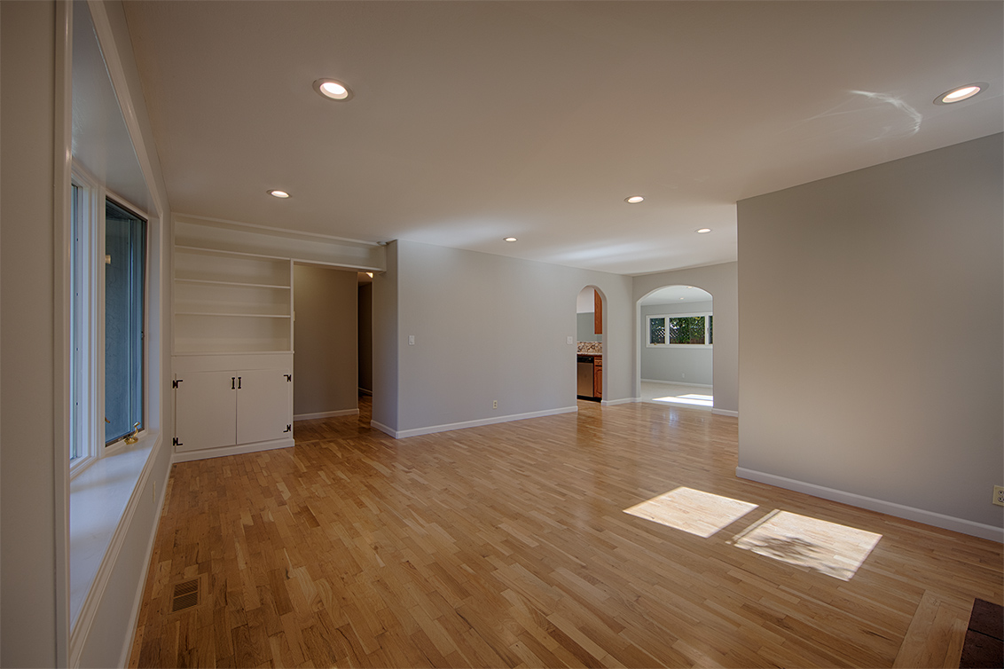 Living Room (B) - 5390 Keene Dr