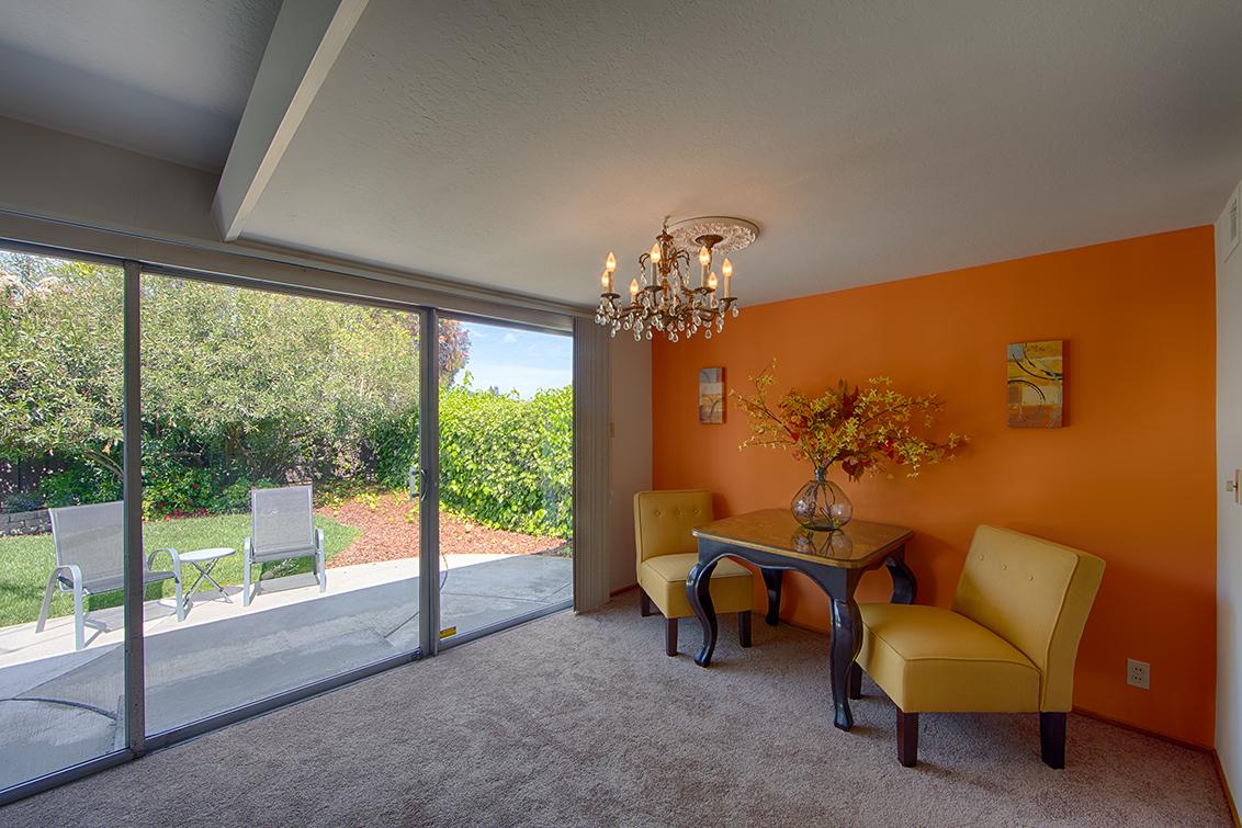 Living Room (B) - 3881 Kensington Ave