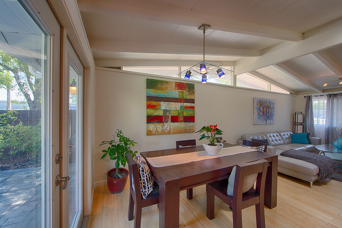 Dining Area (B) - 747 Lakefair Dr
