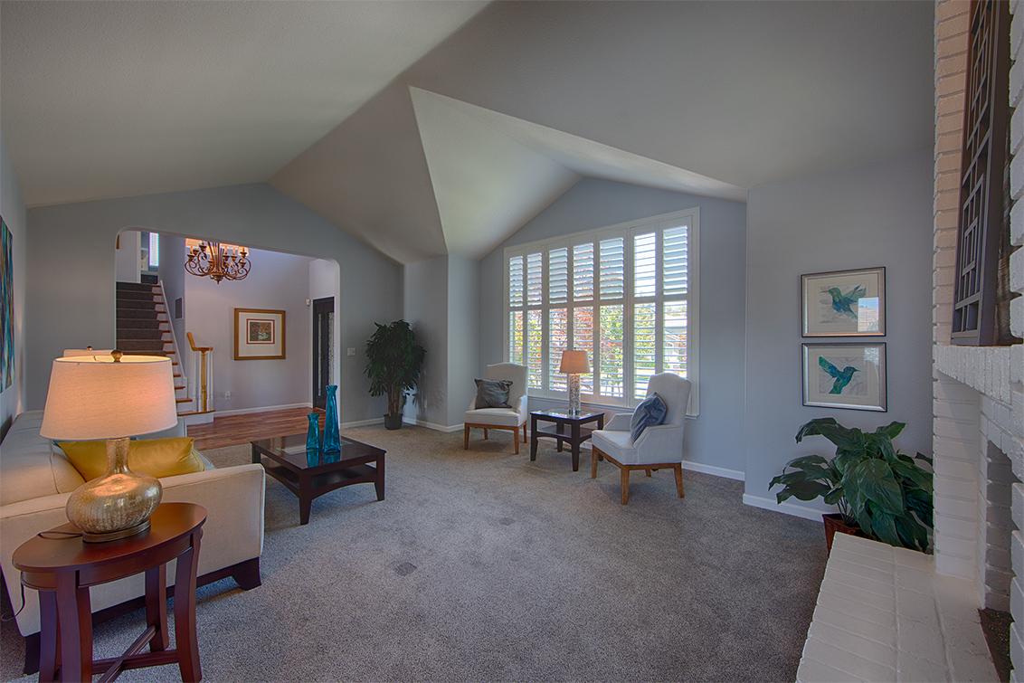 Living Room (C) - 3573 Meadowlands Ln